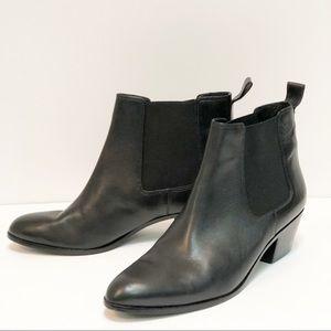 Via Spiga Black Leather Slip-on Low Heel Booties